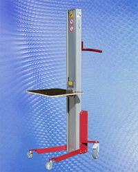 MAST-STYLE PLATFORM LIFT IS COMPACT AND MANUEVERABLE